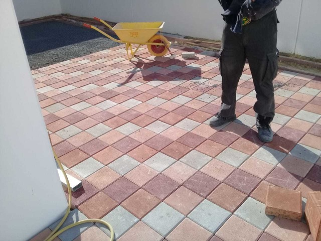 INTERLOCK INSTALLATION COMPANY SHARJAH 0524071518 Sharjah