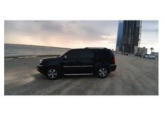 Reliable car lift available to and fro sharjah Dubai anywhere to anywhere anytime with 4x4 suv car